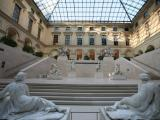 Louvre Museum Guided Tour with Skip the Line Access