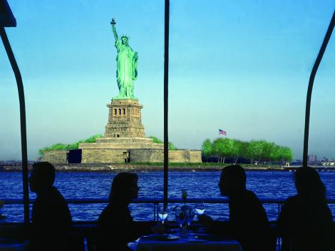 Bateaux New York Sightseeing Lunch Cruise - Statue of Liberty