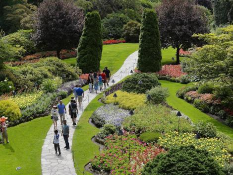 Day Trip To Victoria And Butchart Gardens