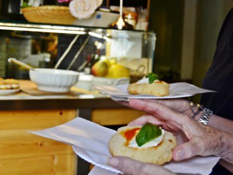 Rome Pizza Food Walking Tour