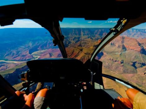 Silvercloud – Deluxe Grand Canyon Helicopter Tour