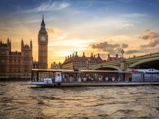 Bateaux London River Thames Dinner Cruise Tickets And