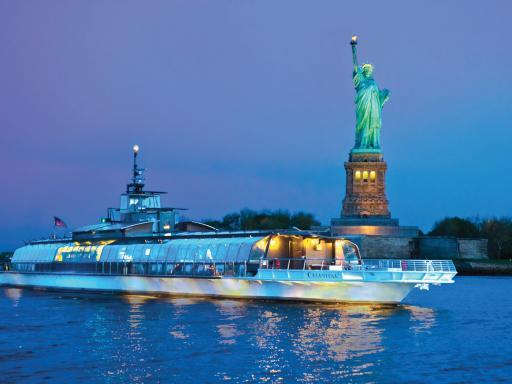 Bateaux New York Dinner Cruise