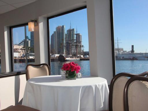 Champagne San Diego Brunch Cruise