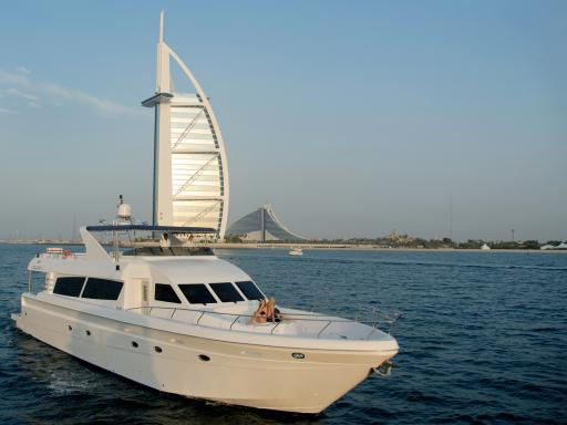 Dubai Marina Luxury Yacht Share Cruise