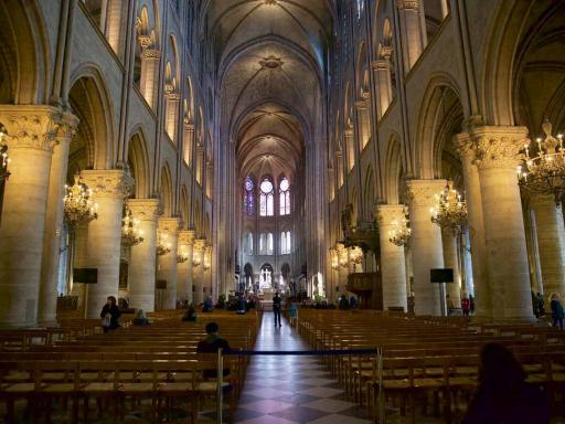 Skip the Line Notre Dame Tour with Tower Climb