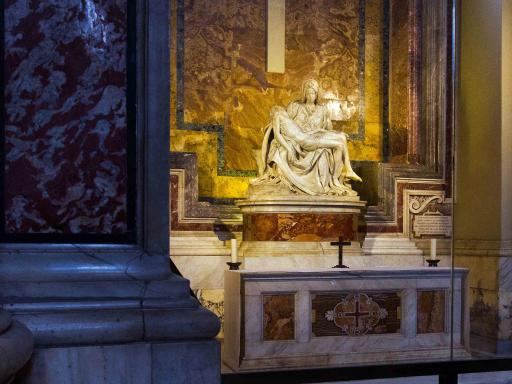 VIP Pristine Sistine Vatican Tour with Museum Breakfast