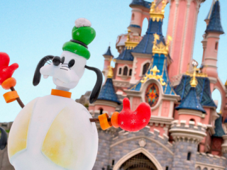 How to Celebrate Christmas at Disneyland Paris