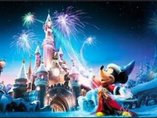 Celebrate The Magic Of Christmas At Disneyland Paris