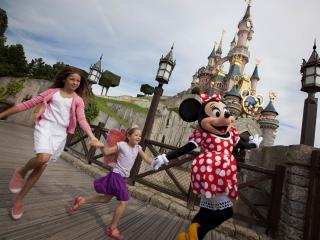 Disneyland Resort Paris  Disneyland Paris – The Magic is Closer than You Think!