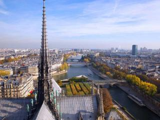 Skip the Line Notre Dame Tour with Tower Climb, Sainte Chapelle Tickets & Marie