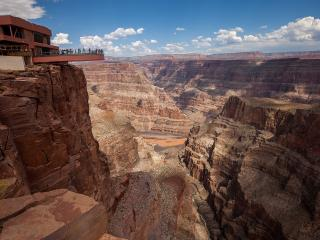 Grand Canyon West Rim Helicopter & Skip the Line to Skywalk Tour