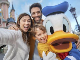 3-Day/2 Parks Disneyland® Paris Hopper Ticket
