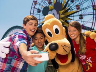 4 Day Disneyland California Hopper Ticket