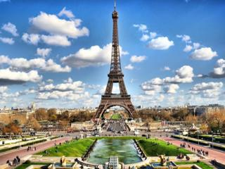 Skip-the-line Eiffel Tower Ticket with Audio Guide